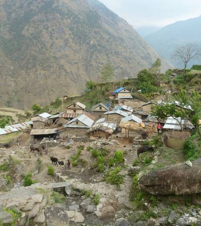Chalis village (1,920m)