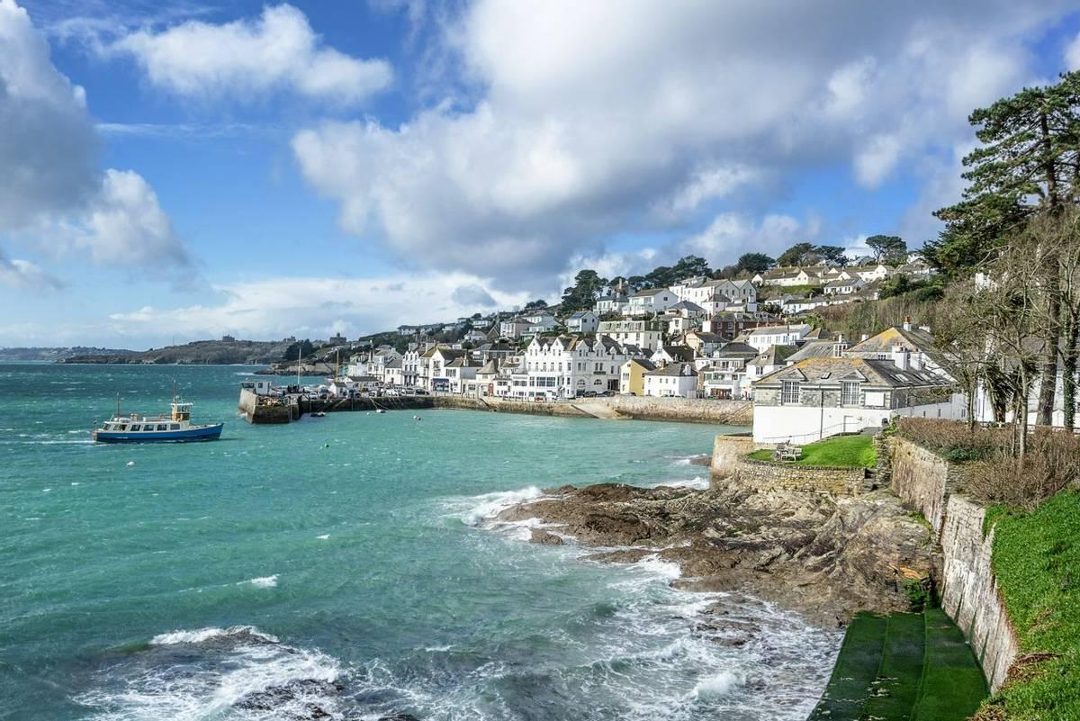 Cornwall_St_Mawes_AdobeStock_330354920.jpeg