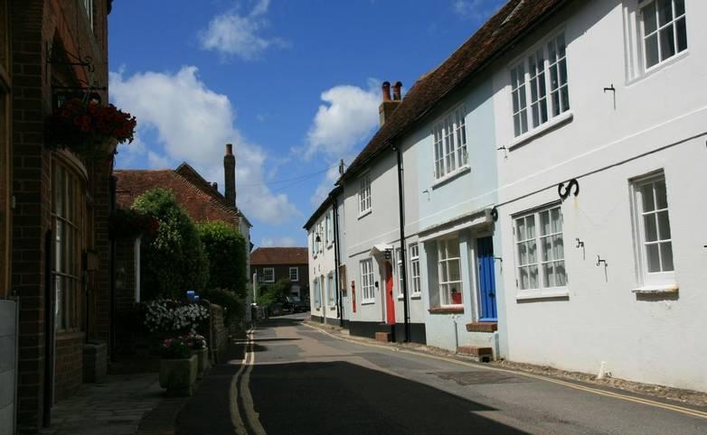Bosham_High_Street.JPG