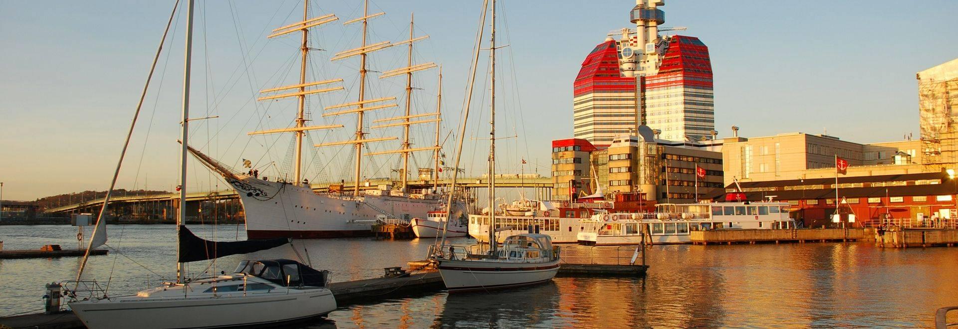 Dreamstime M 24382415 Gothenburg Harbor, Sweden 1