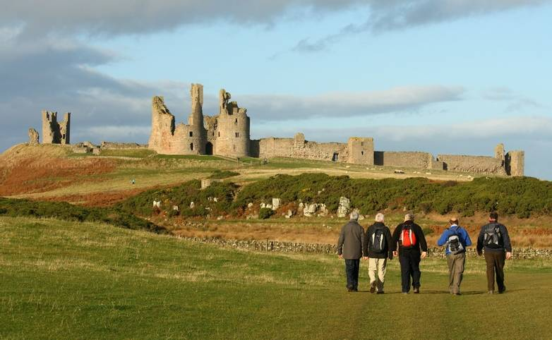 Alnmouth - Walking with Sightseeing - Craster - Dunstanburgh Castle - AdobeStock_46809622.jpeg