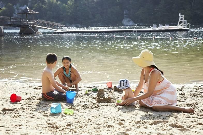 mohonk-mountain-house-summer-swimming-Dana-Gallagher-0149.jpg