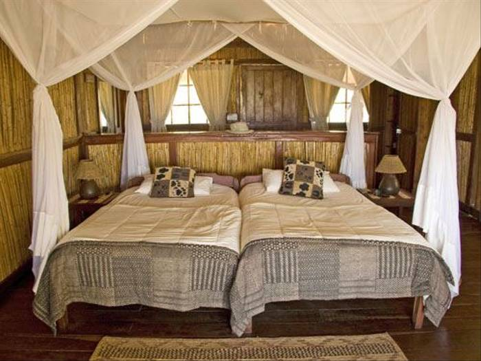 Kafunta River Lodge Bedroom (Ron Foulkes)