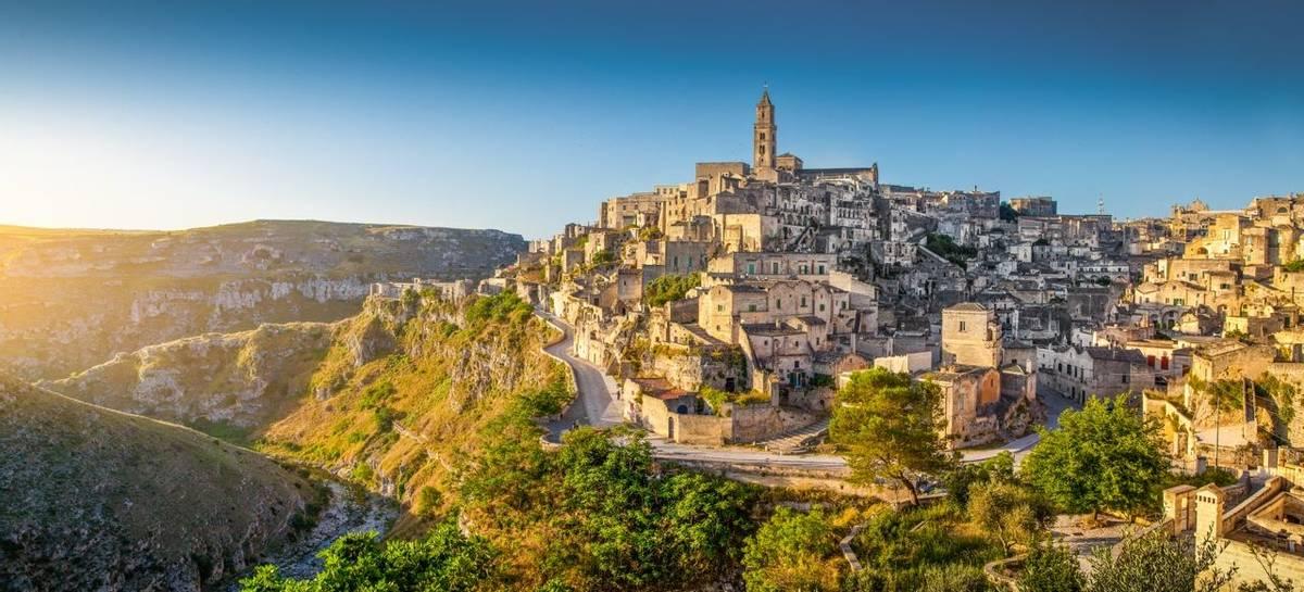 Italy-Puglia-Matera-AdobeStock_79738689.jpeg