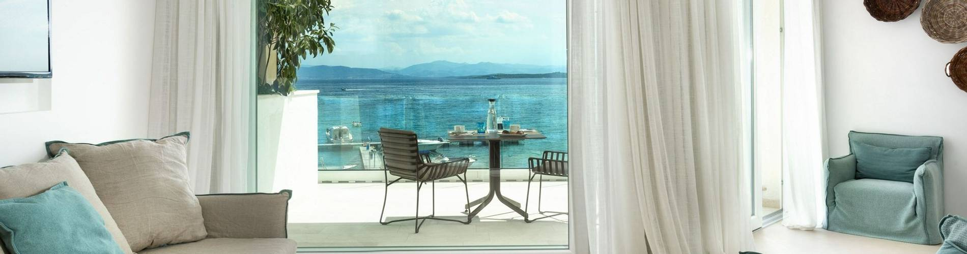 Pool Suite - Gabbiano Azzurro Hotel Sardinia9.jpg