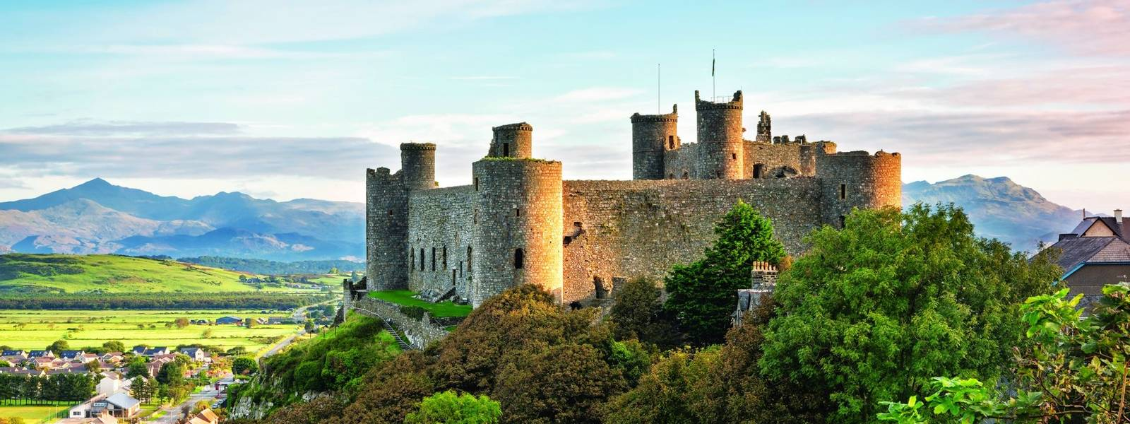 The Welsh Castles Of King Edward I In Northern Snowdonia
