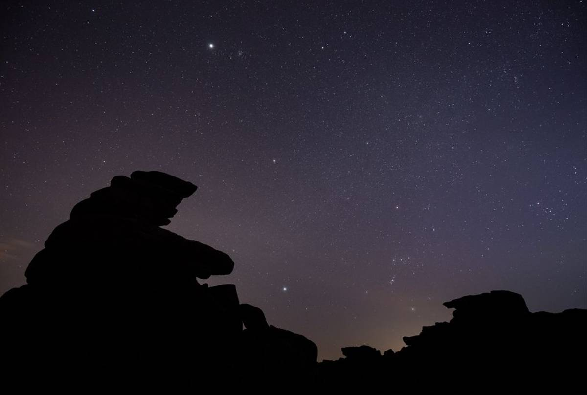 Night sky, Great Staple Tor (© Robert Harvey)