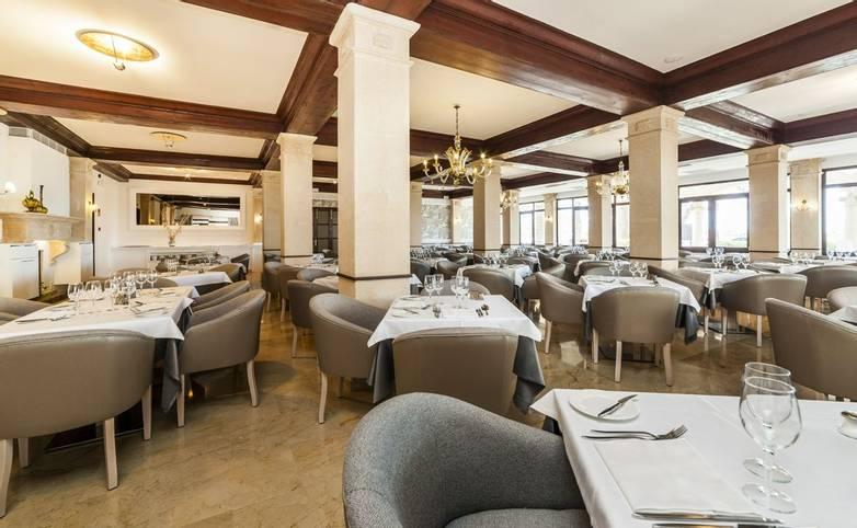 Spain - Mallorca - Hoposa Hotel Uyal - Restaurant.jpg