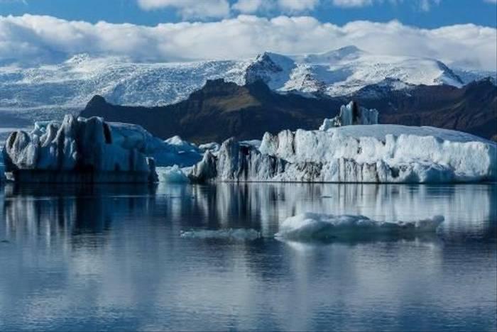Jokulsarlon Iceberg Lagoon (Malcolm Stott)