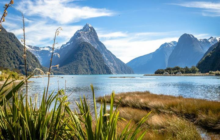 A classic picture of the famous Milford Sound in New Zealand.