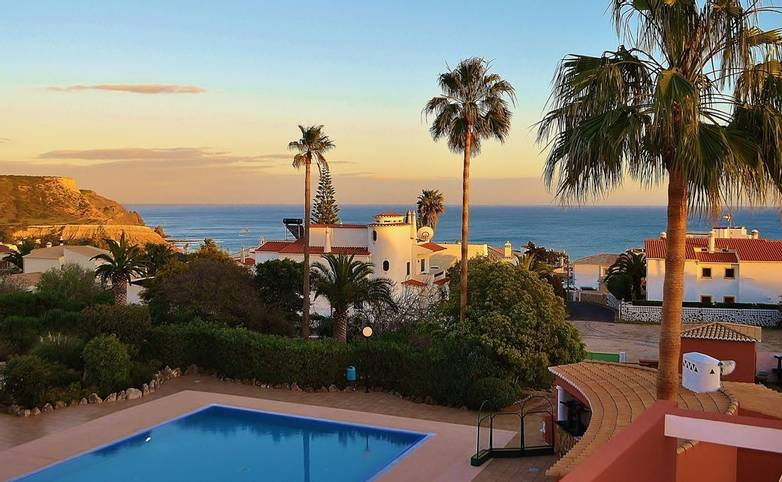 Hotel Belavista - scroll-10_25666267470_o.jpg