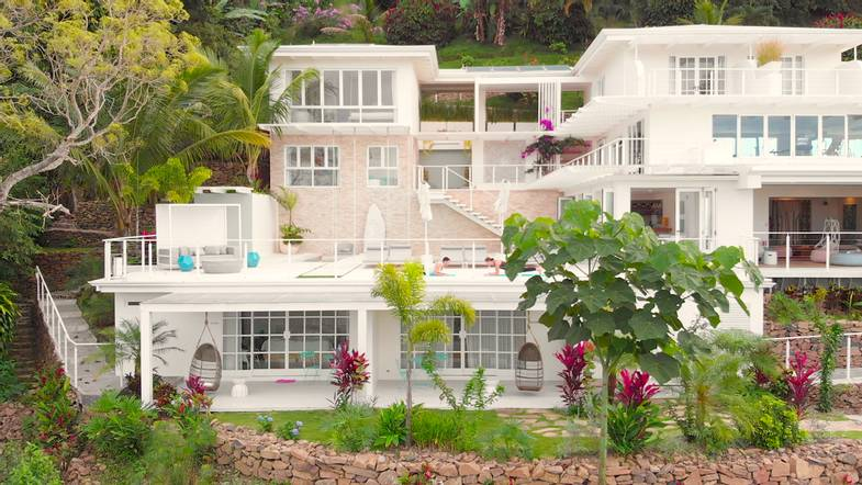 the-retreat-costa-rica-spa-exterior-shot.png