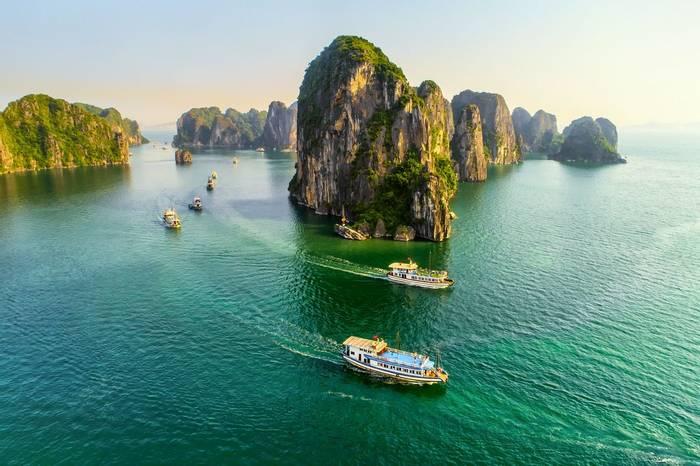 Ha Long Bay, Vietnam shutterstock_1218764575.jpg