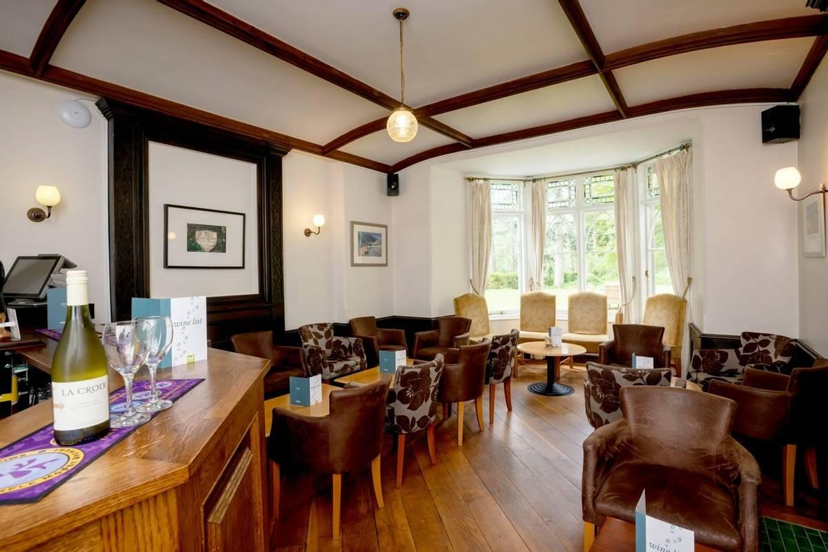10690_0004 - Craflwyn Hall - Bar