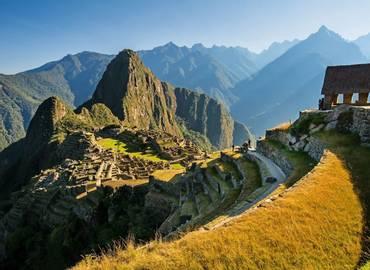 Peru - Macaws & Machu Picchu