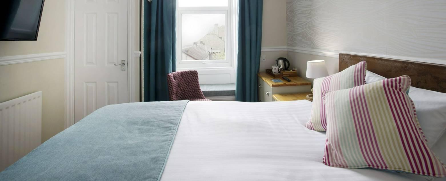 10673_0091 - Nether Grange - Room 19