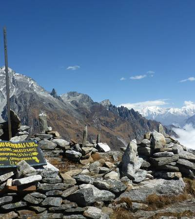 Rambrong West Summit (4,384m)