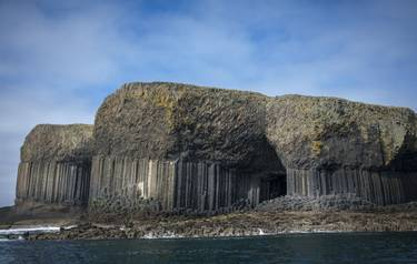 Mull & Iona - Island Hopping - Staffa Island_AdbobeStock_295882488