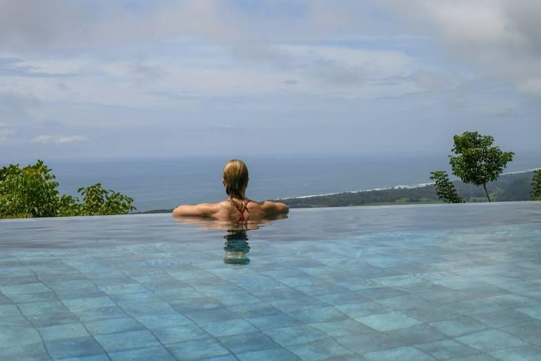 lapazul-retreat-pool-view-2.jpg