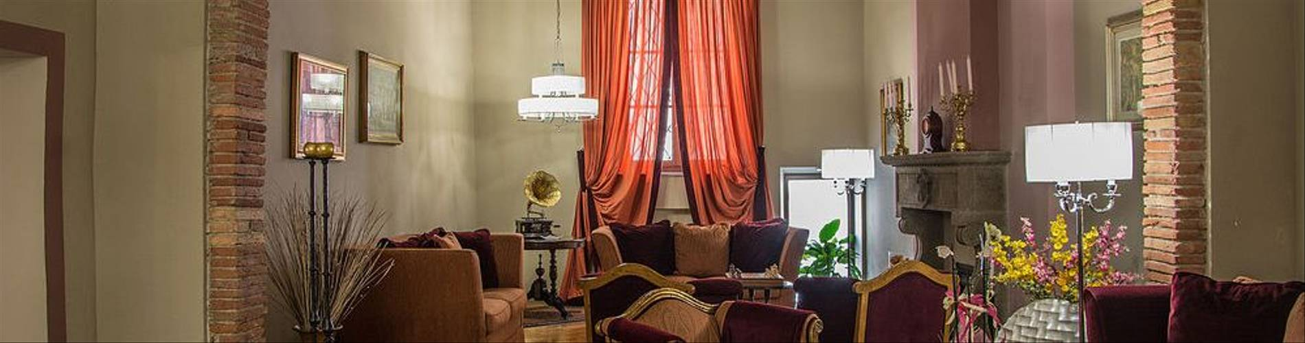 04-Hotel San Luca Palace.jpg