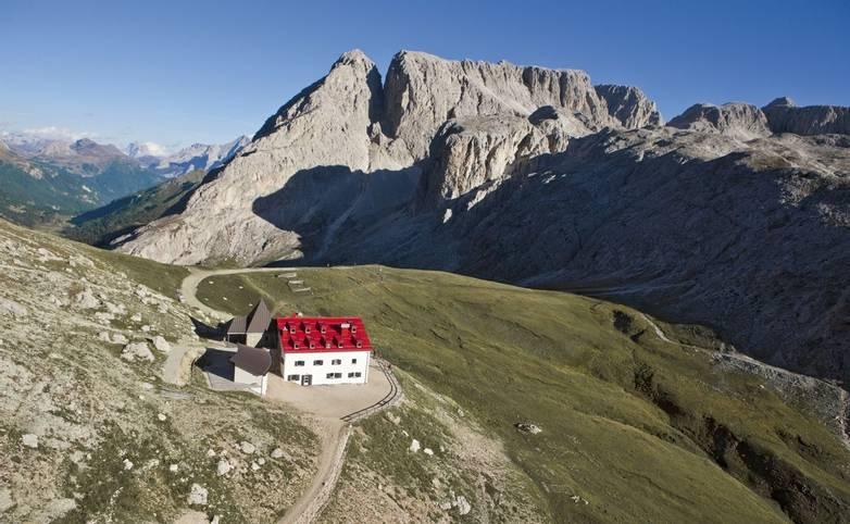 Italy - Selva Hutting - Selva mtn hut distance.jpg