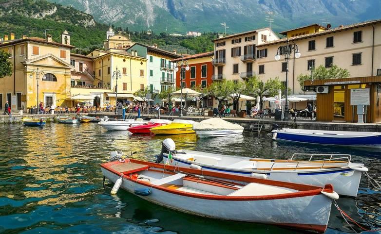 Italy - Lake Garda - Limone - AdobeStock_125469650.jpeg