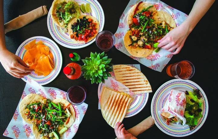 SY, Symphony of the Seas, Miss Marzipan, El Loco Fresh, Casual Dining, Fast Food, Nachos, Burritos, Tacos, Mexican Food, Que…