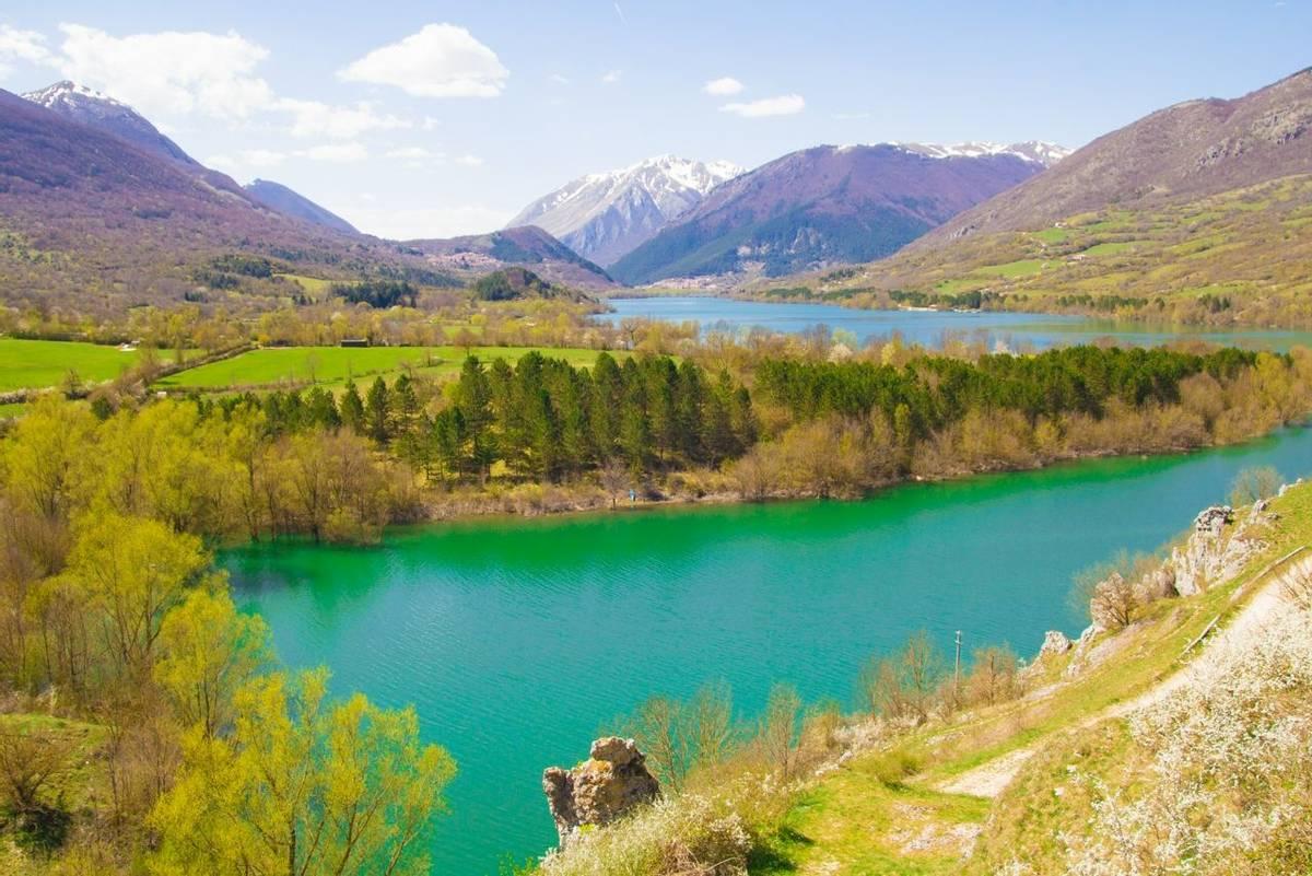 Barrea lake in Abruzzo, Italy shutterstock_272267462.jpg