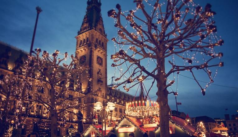 Christmas market at the Hamburg Rathaus Markt - Hamburg, Germany, 2015