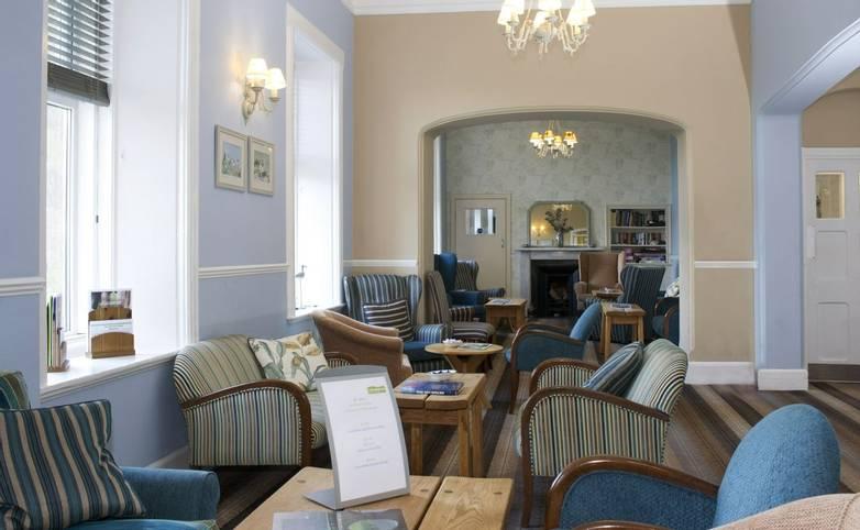 10673_0067 - Nether Grange - Lounge