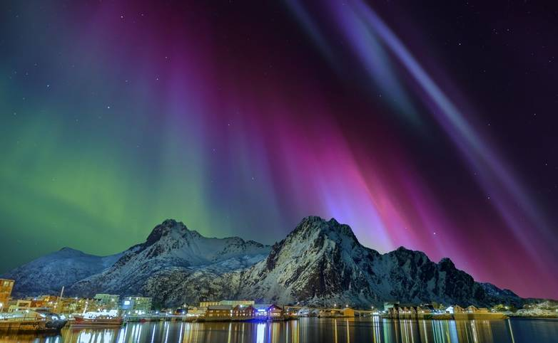 Norway - Lofoten - Svolvaer - AdobeStock_120110233.jpeg