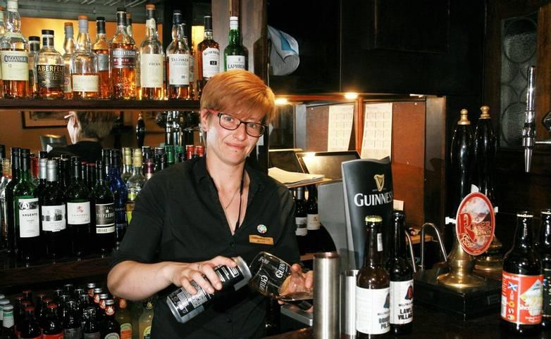 10682_0044 - Alltshellach - Bar