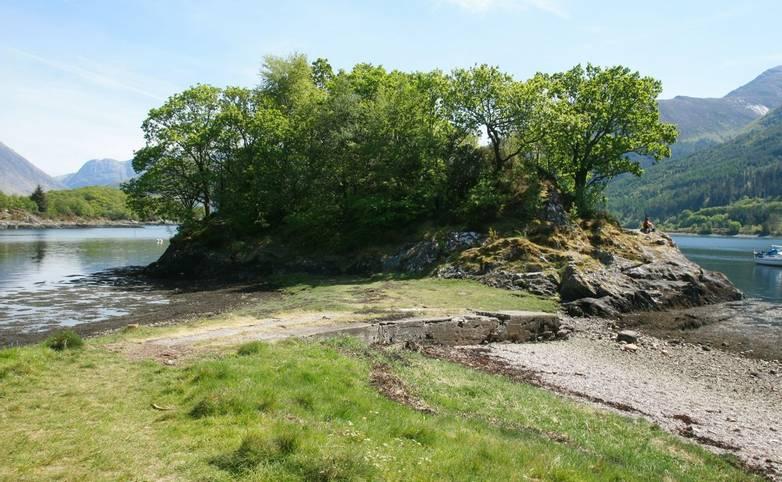 10682_0025 - Alltshellach - Loch