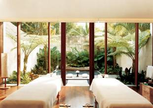 COMO-Shambhala-double-treatment-room-Ojas.jpg