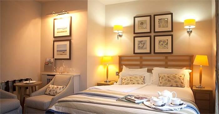 Gold room, Braye Beach Hotel