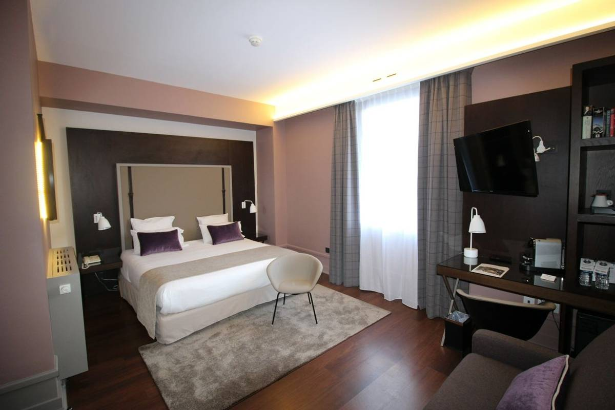 France - Annecy -Hotel Splendid - Chambre junior MMC.JPG