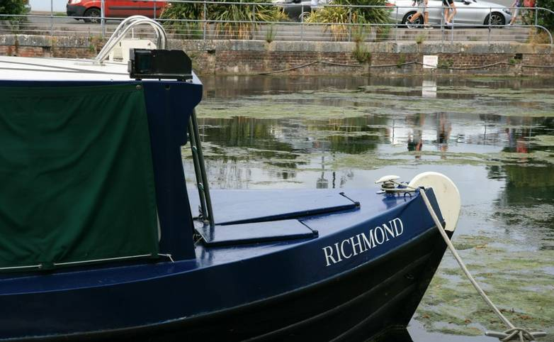 Narrow boat Chichester Canal.JPG