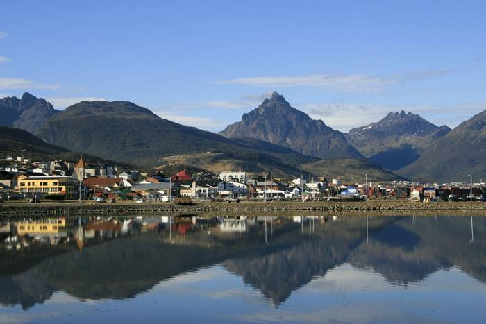 Ushuaia, Tierra del Fuego, Argentina shutterstock_22548547.jpg