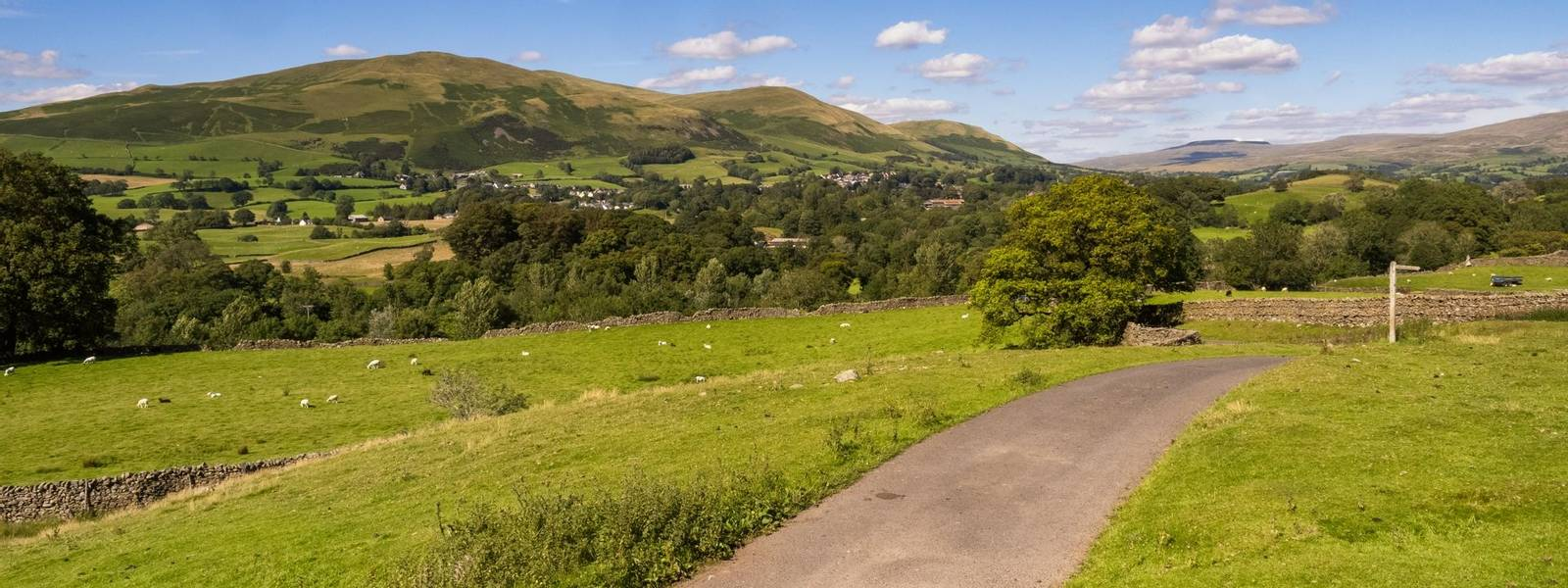 The Howgill Fells are hills in Northern England between the Lake District and the Yorkshire Dales, lying roughly in between …