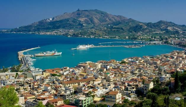 Shutterstock 64850113 Zakynthos Town