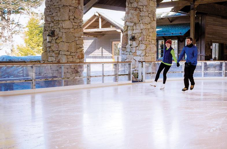Mohonk-Mountain-House-Ice-Skate.jpg
