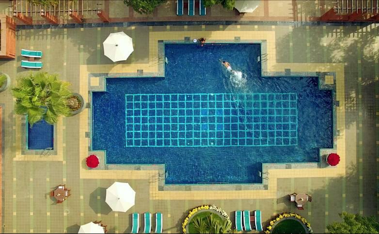 Rajasthan - Jaypee Palace - Agra Pool Drone.png