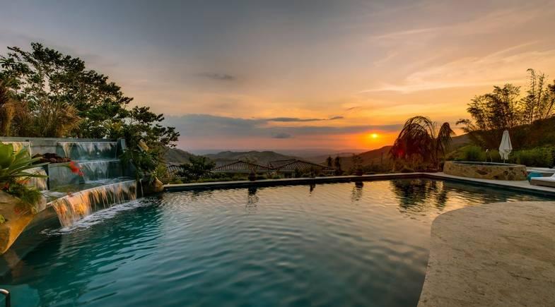 The-Retreat-Costa-Rica-Pool Sunset.jpg