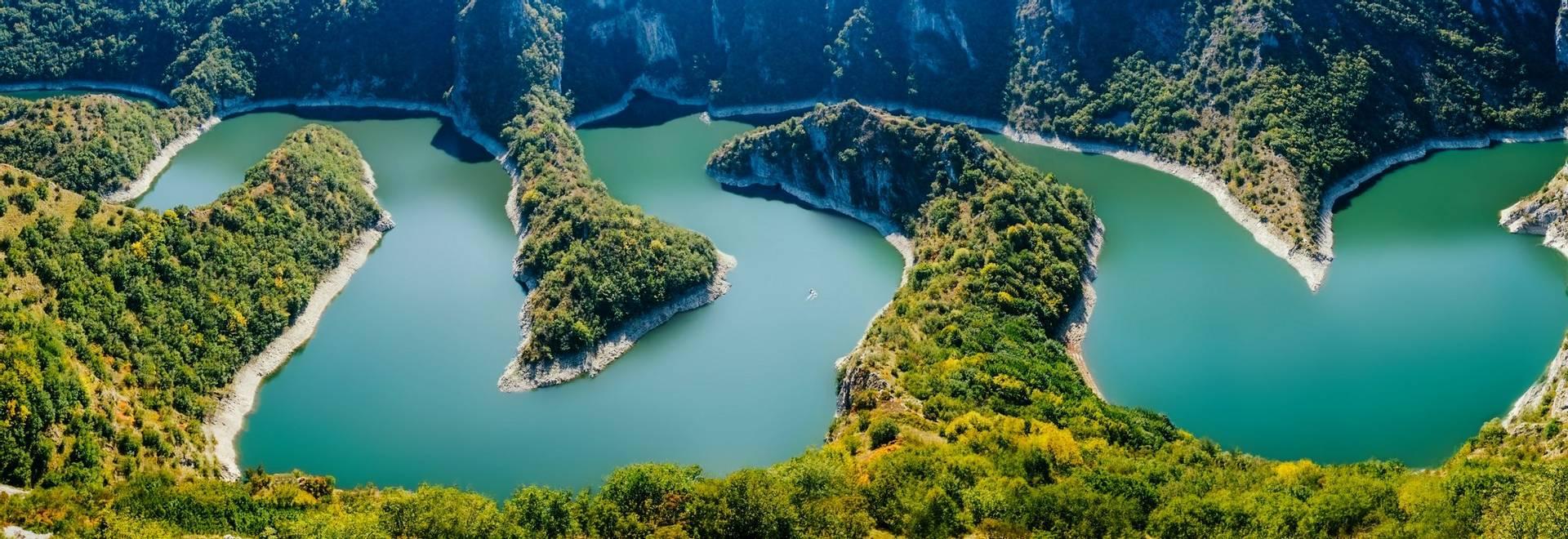 GettyImages-992156678 Uvac meanders, Serbia.jpg