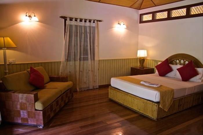 Deluxe Room at Borneo Rainforest Lodge (Dani Free)