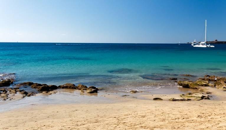 Dreamstime L 22306414 Lanzarote Beach