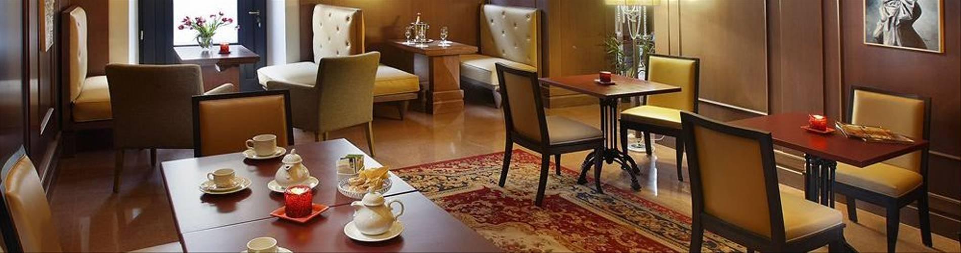 06-Hotel San Luca Palace.jpg