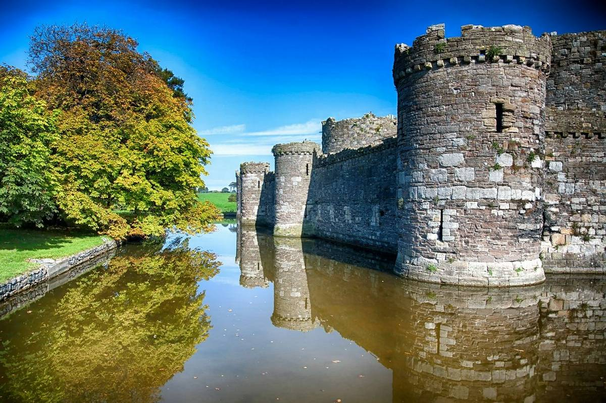 Anglesey - Wales - Guided Trail - Beaumaris Castle_ AdobeStock_122774541.jpeg