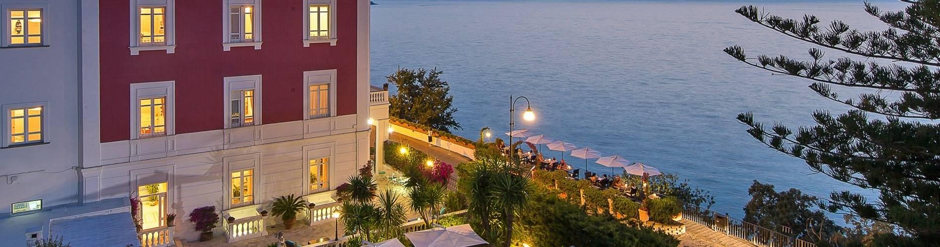 Villa Garden, Amalfi, Italy (15).jpg