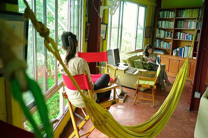 Canopy Tower Library